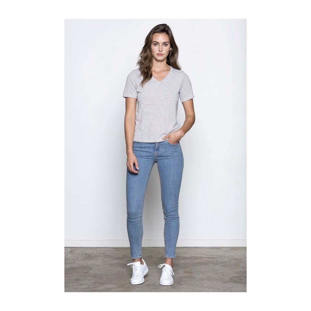 1090 - 038 Basic Apparel She Light Cowboy